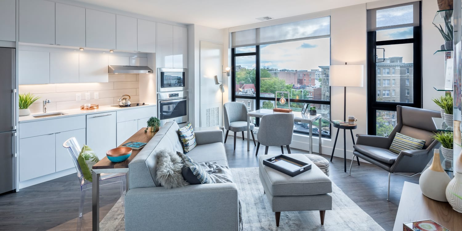 Our apartments in Washington, District of Columbia offer a living room