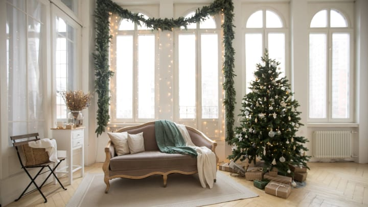 Chic muted tones Christmas decorations at Olympus Corsair