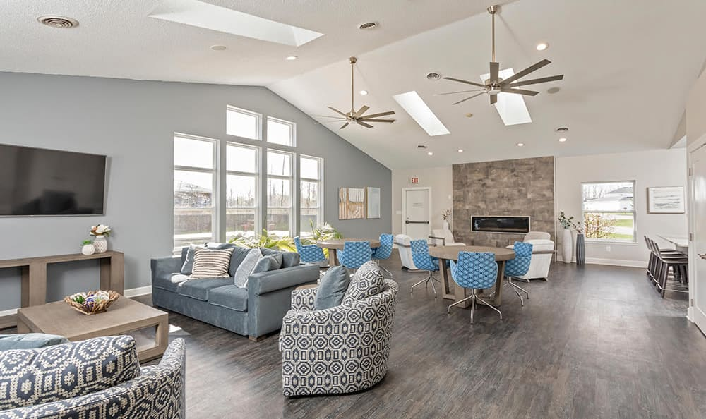 Clubhouse at Green Lake Apartments & Townhomes in Orchard Park, New York