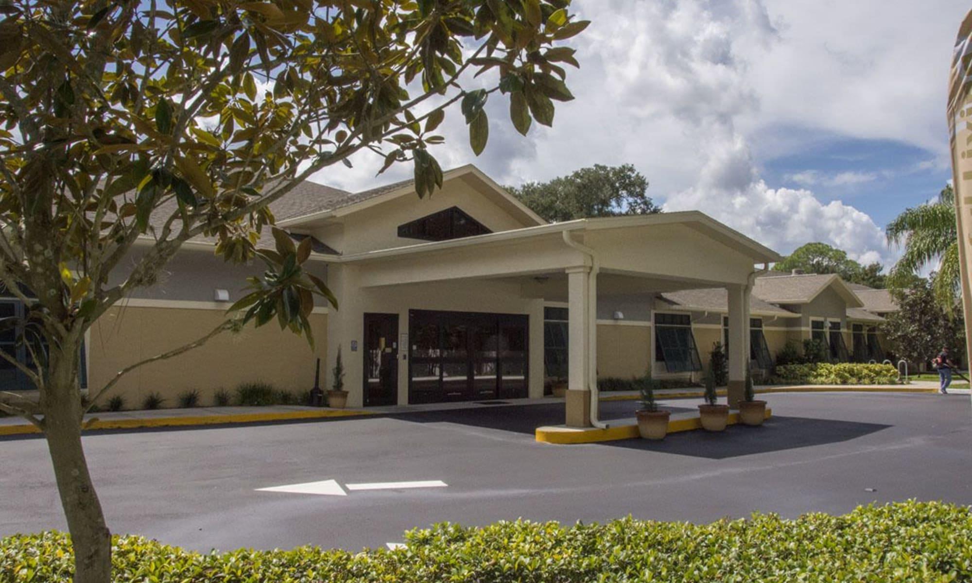 Senior living at The Retreat at Port Orange in Port Orange, Florida