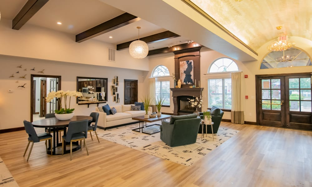 Beautiful clubhouse at Cascata Apartments in Tulsa, Oklahoma