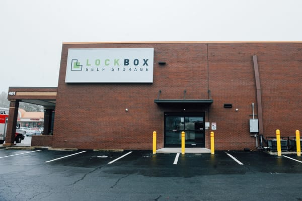 LockBox Self Storage in Winston-Salem, North Carolina