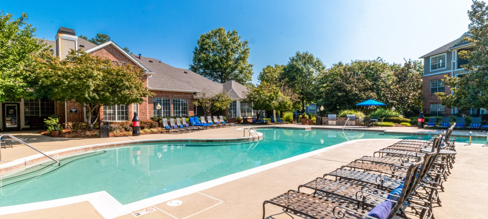 Apartments at Marquis of Carmel Valley in Charlotte, North Carolina
