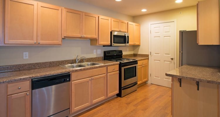 Kendall Square Apartments offers a fully equipped kitchen in Delmar, NY