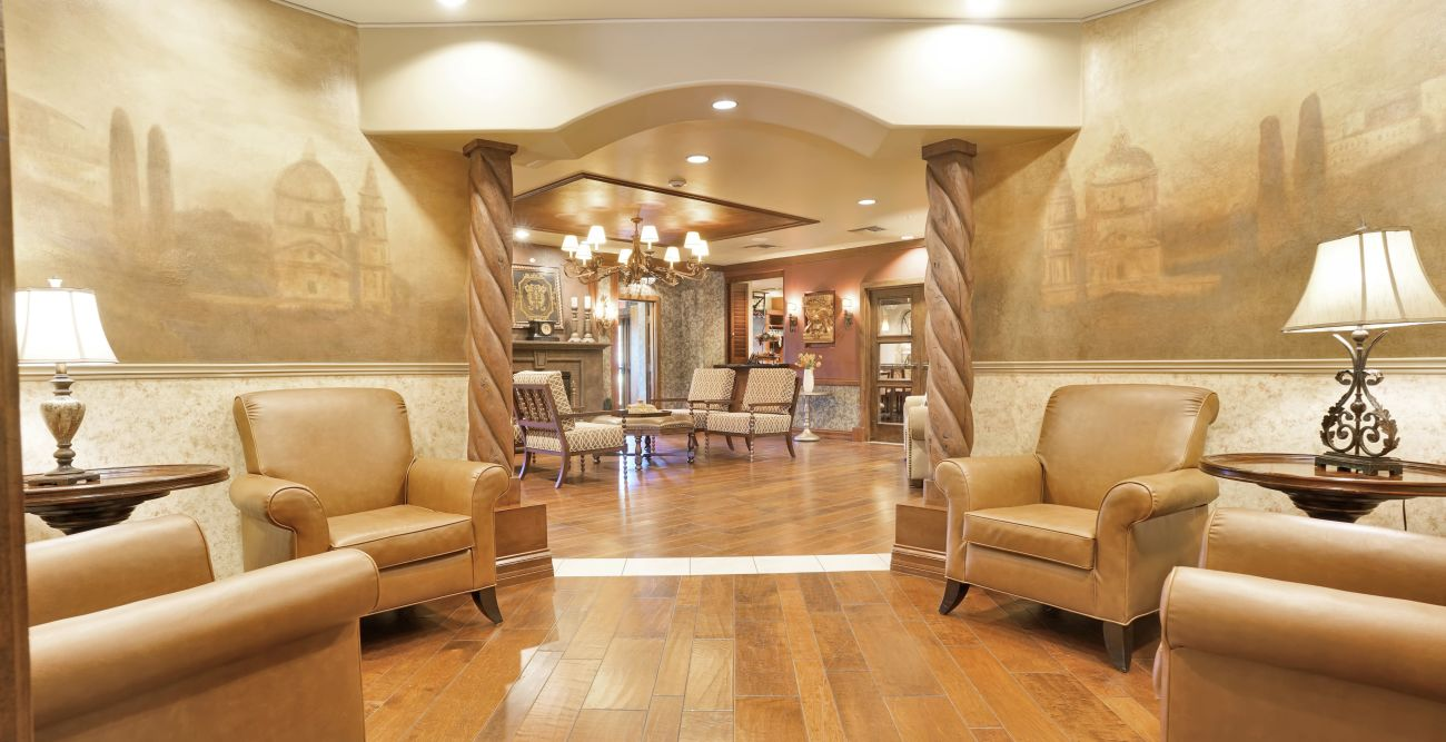 Hallway with chairs at Tuscany at McCormick Ranch in Scottsdale, Arizona