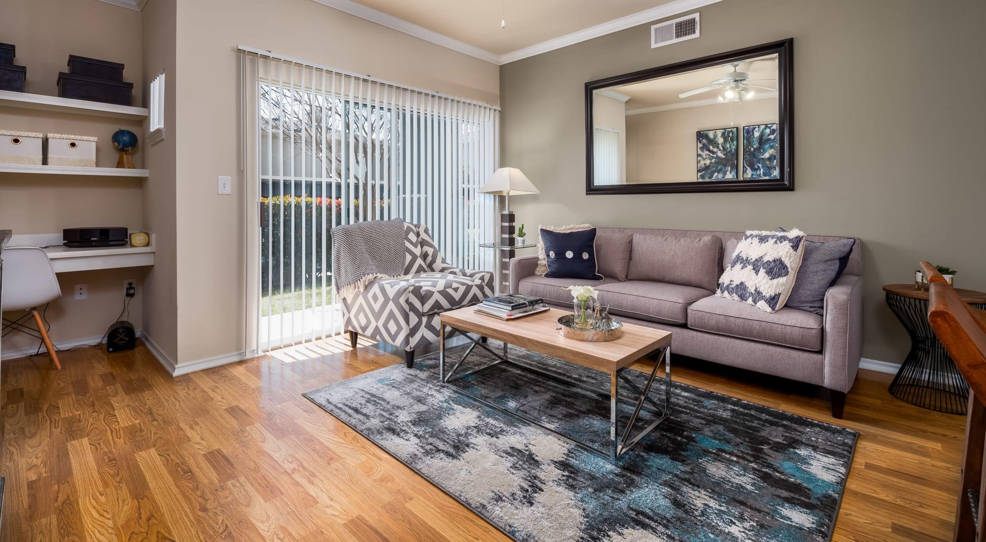 Floor plans at Vail Quarters in Dallas, Texas