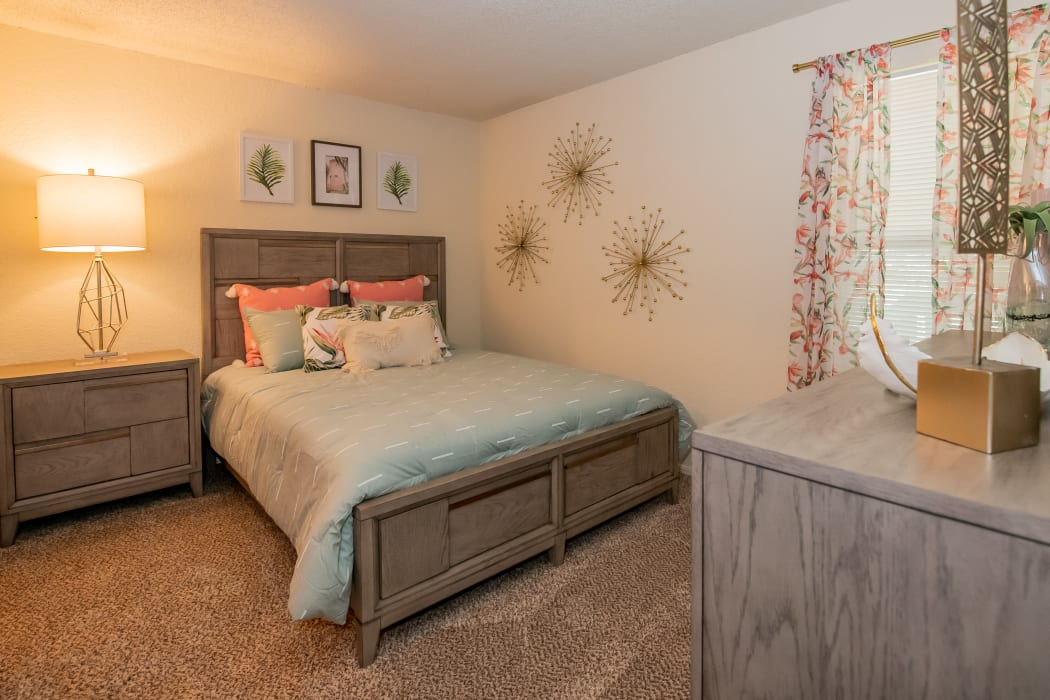Spacious bedroom at Aspen Park Apartments in Wichita, Kansas