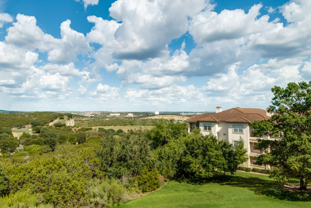 Beautiful lush landscape surrounding Mira Vista at La Cantera in San Antonio, Texas