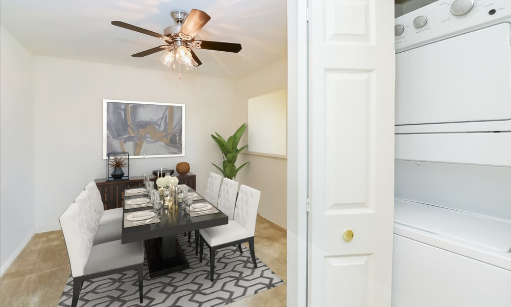 Spacious Dining room at Woodacres Apartment Homes in Claymont, DE
