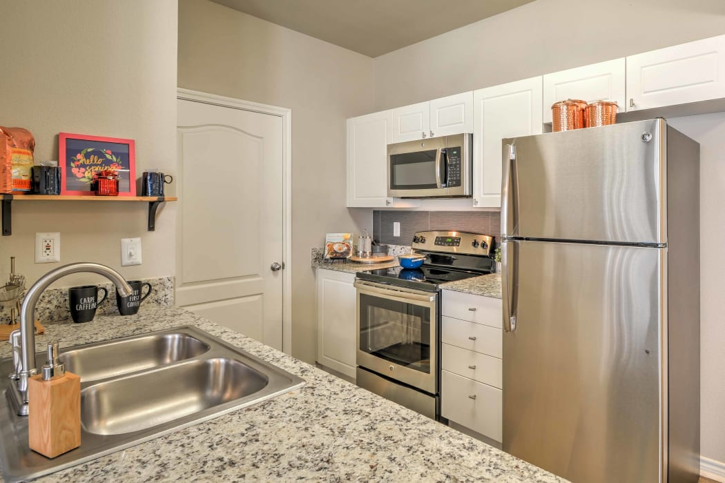 Kitchen appliances at 2803 Riverside in Grand Prairie, Texas.