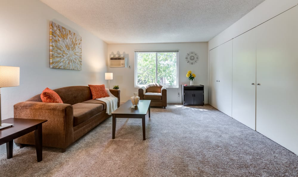 Studio apartment at Cypress Point