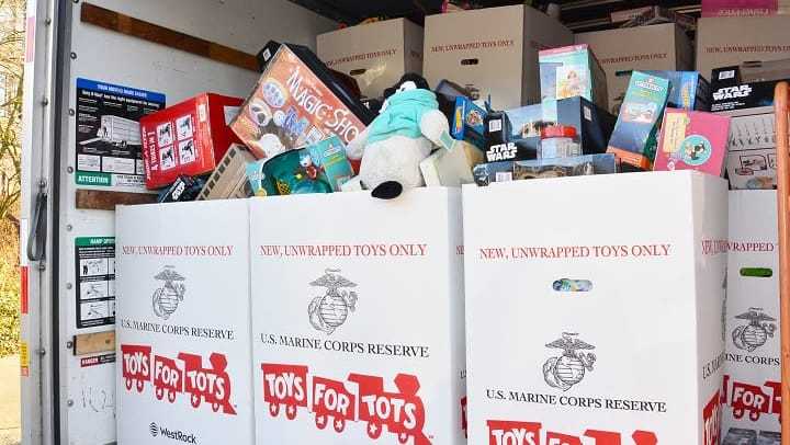 Toys For Tots Foundation Florida : Toys for tots donation box wow