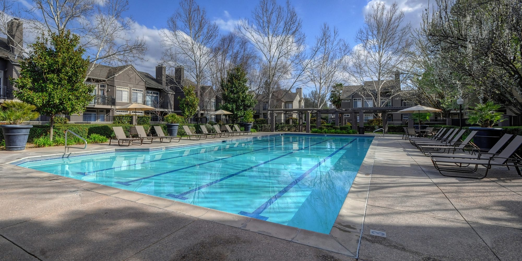 Apartments at Larkspur Woods in Sacramento, California
