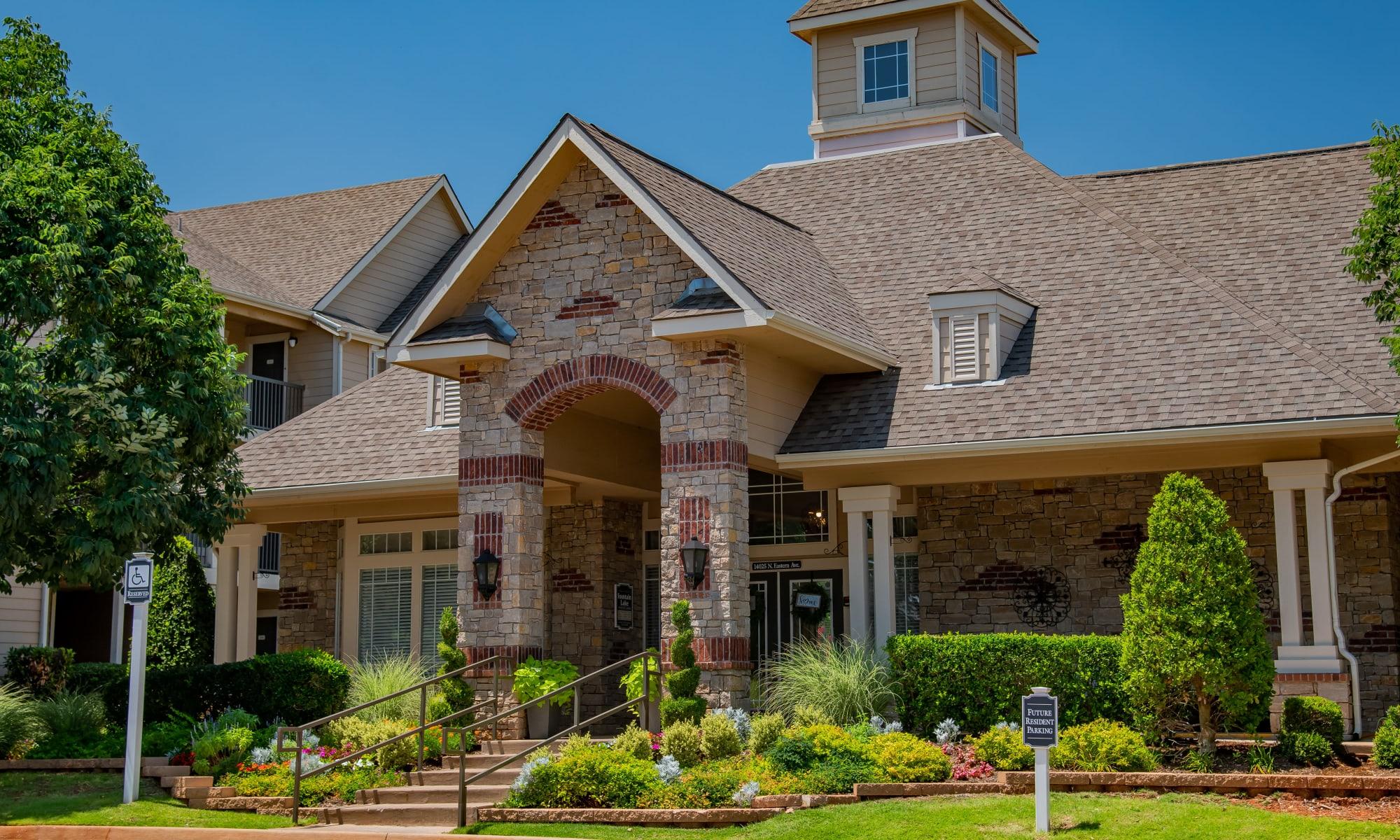 Fountain Lake apartments in Edmond, Oklahoma