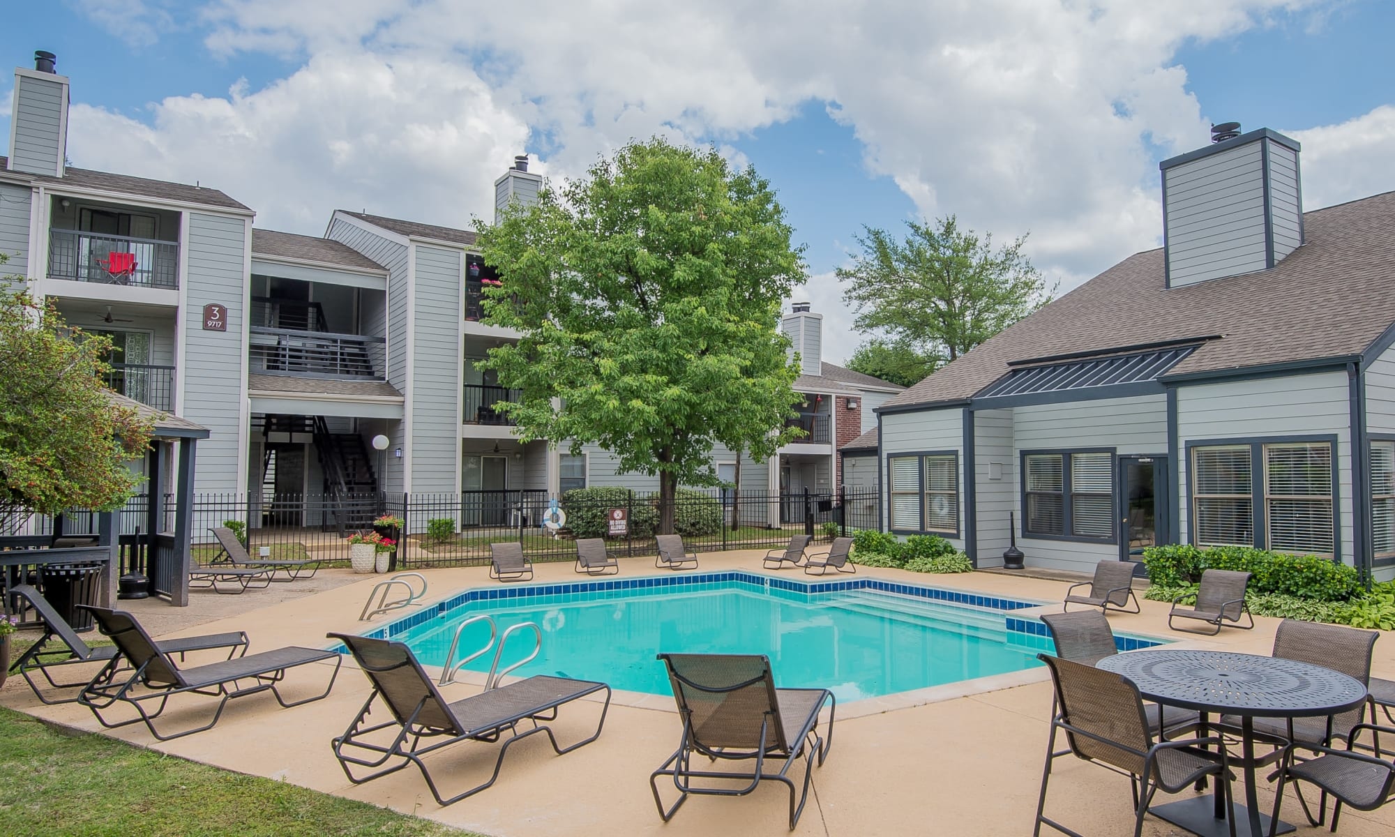 Cedar Glade Apartments in Tulsa, Oklahoma
