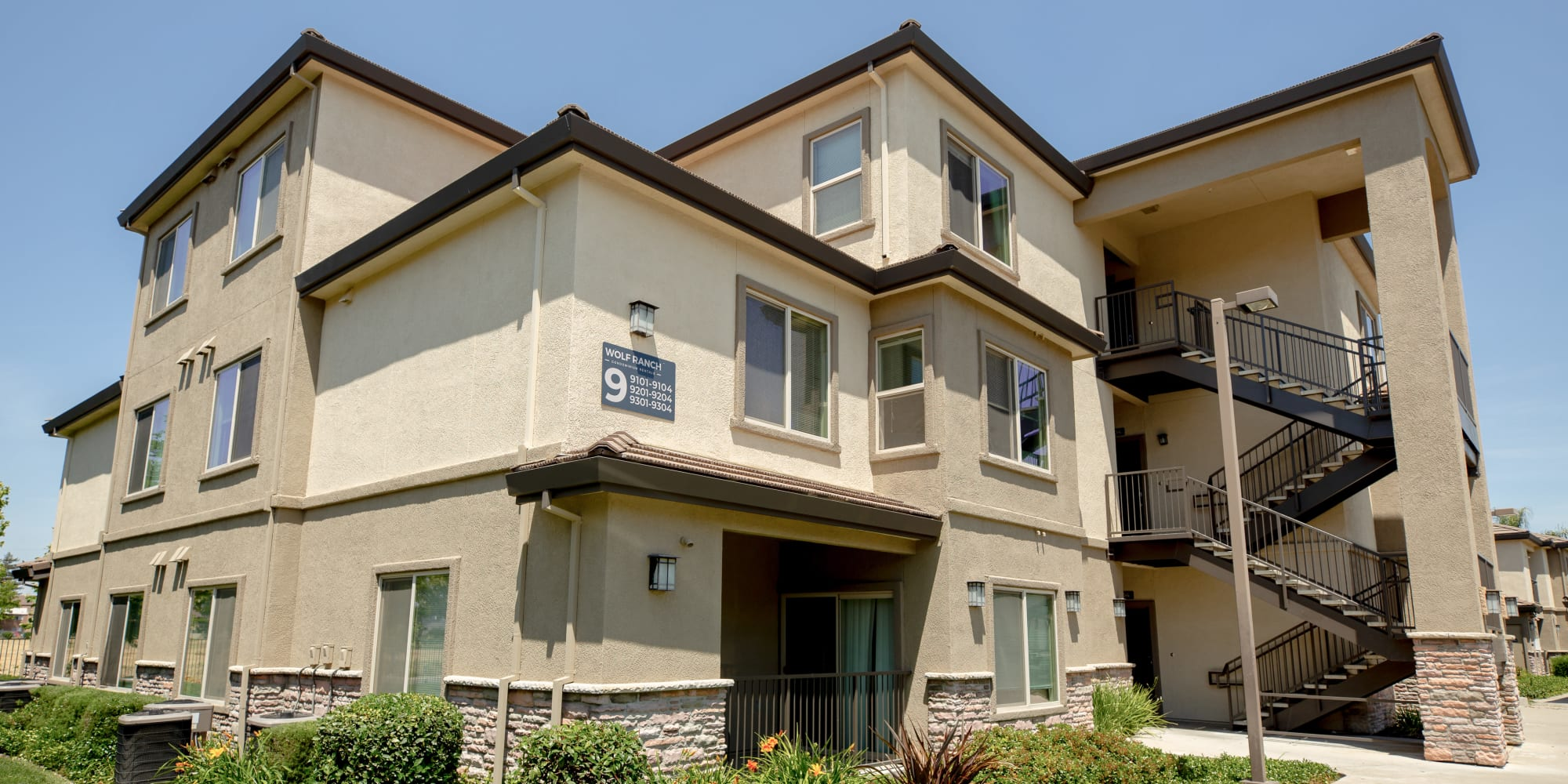 Sacramento, California, apartments at Wolf Ranch Condominium Rentals
