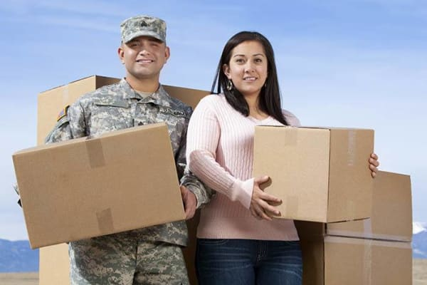 A military family moving with Golden State Storage - Blue Diamond in Las Vegas, Nevada