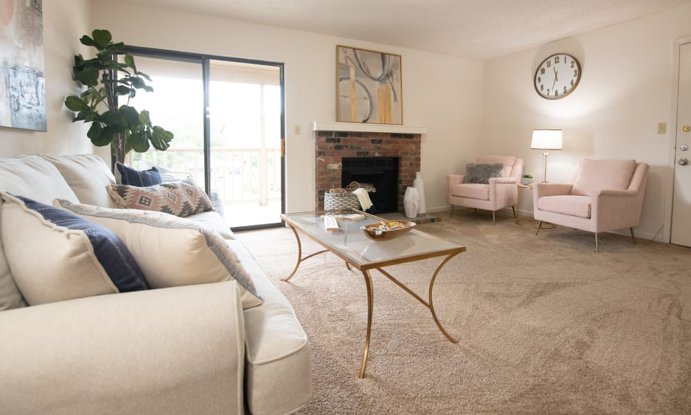 An apartment living room at The Mark Apartments in Ridgeland, MS