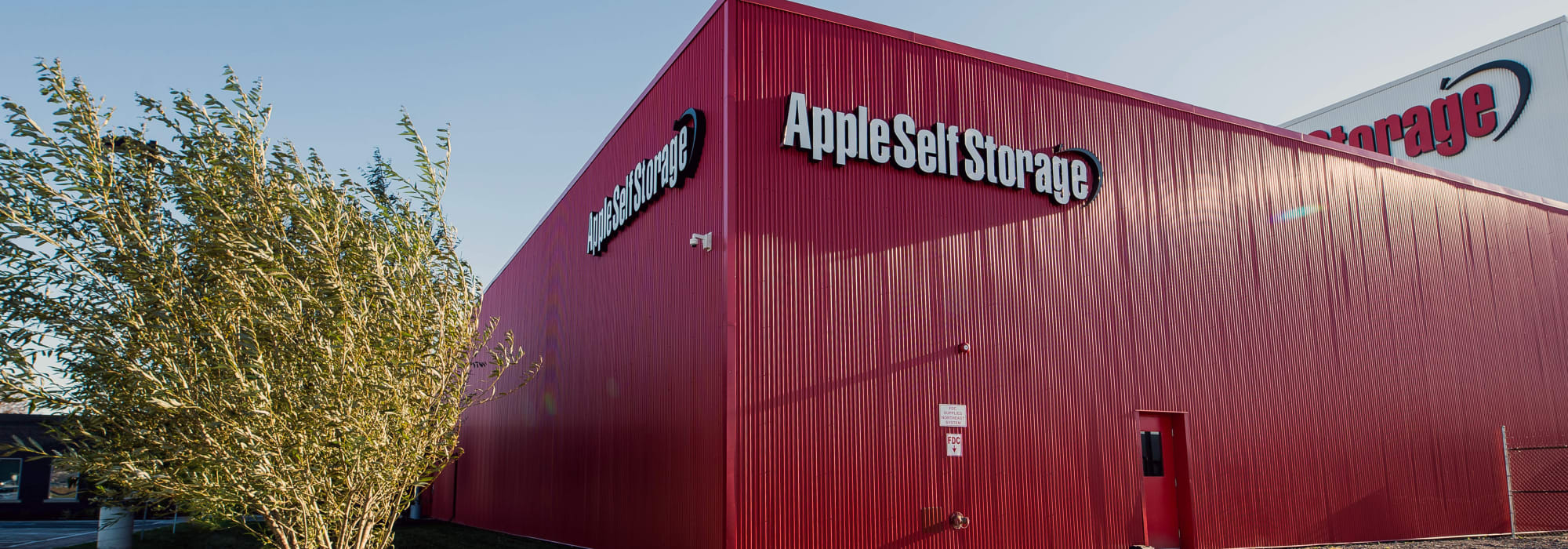 Exterior of Apple Self Storage - Oakville in Oakville, Ontario
