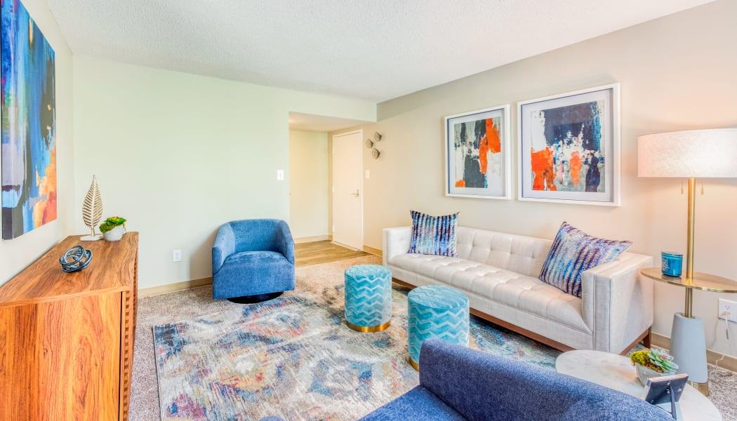 Spacious living room at Preserve at Cradlerock Apartment Homes in Columbia, Maryland