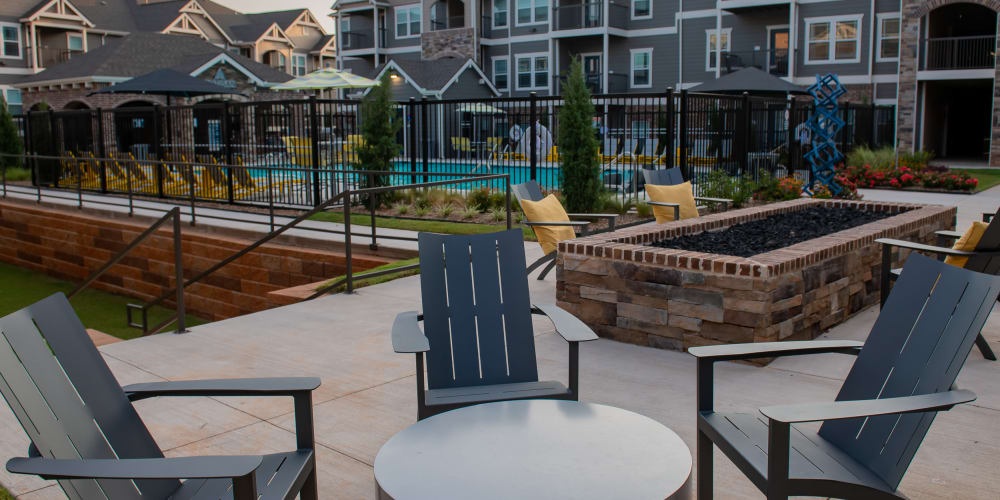 Firepit and relaxing area at Artisan Crossing in Norman, Oklahoma
