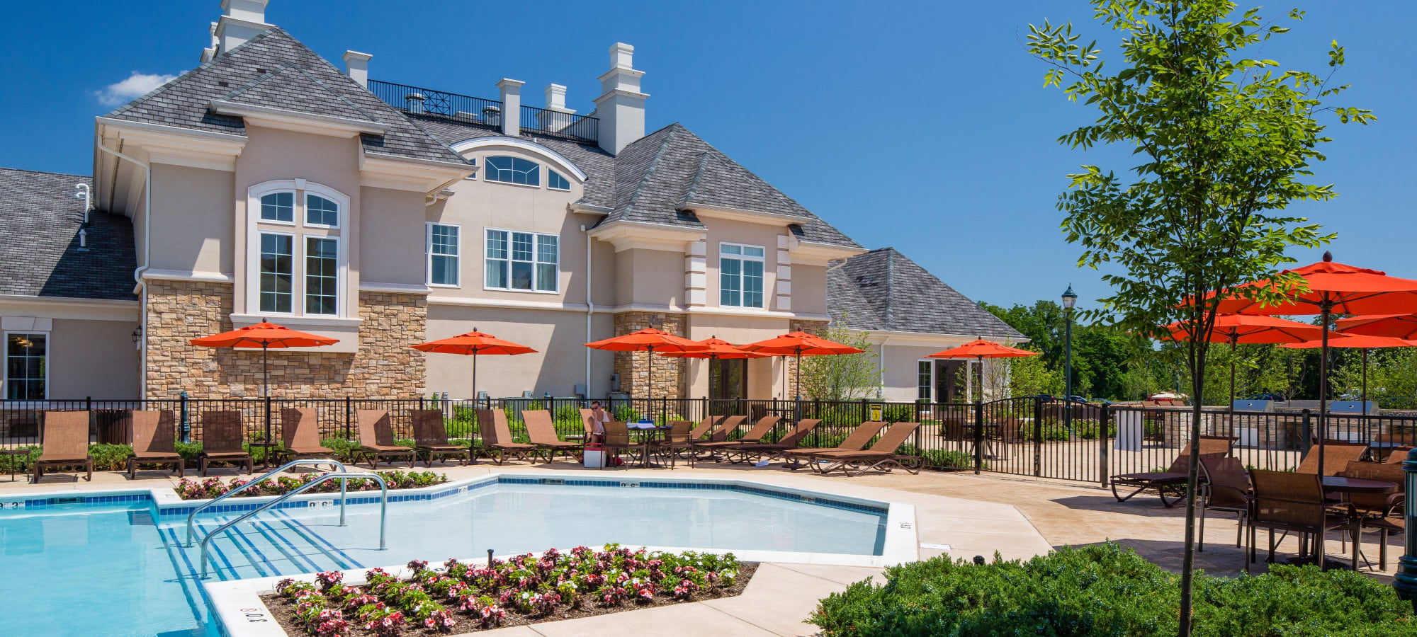 Apartments at The Grove Somerset in Somerset, New Jersey