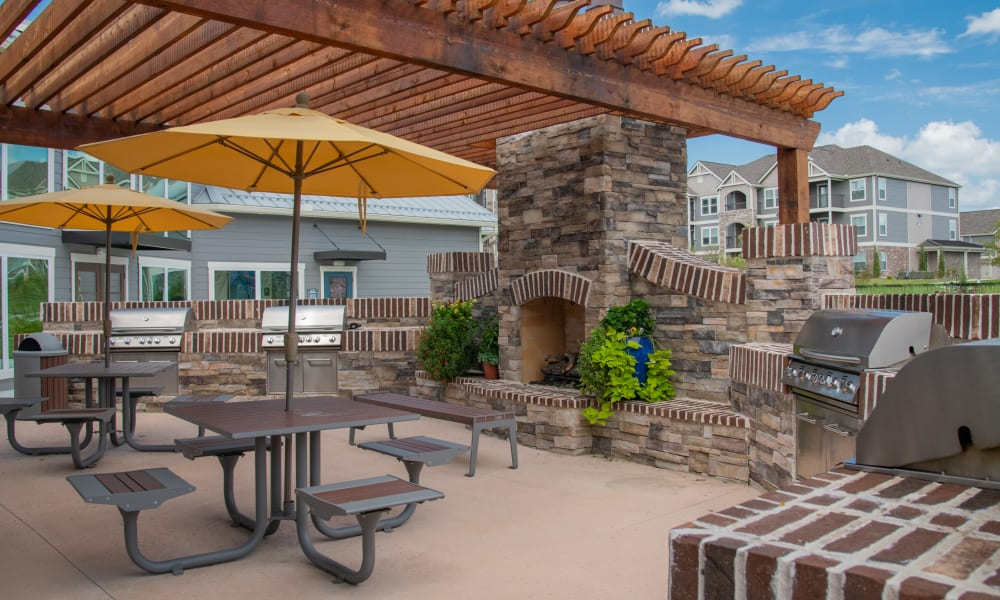 Grill & chill area at Cottages at Crestview in Wichita, Kansas