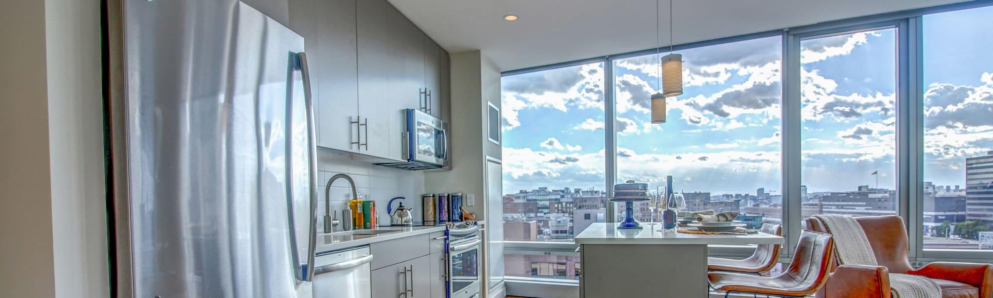 apartment features at The Benjamin