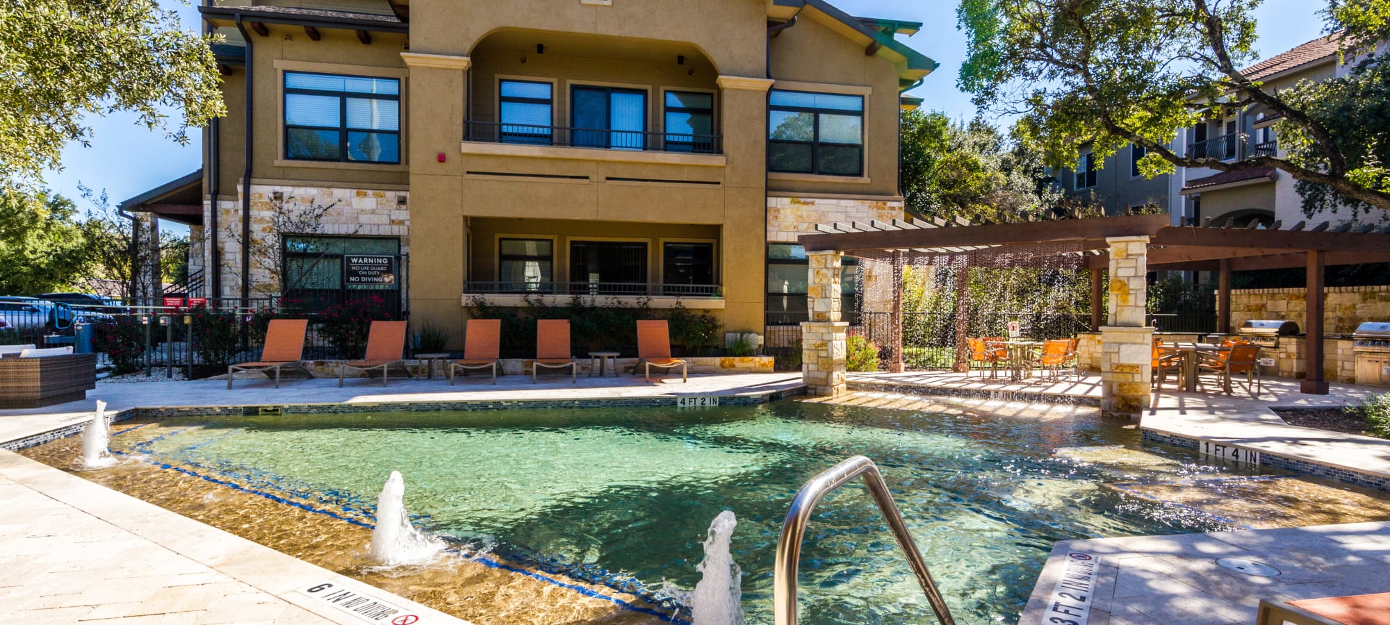 Apartments at Marquis at Barton Trails in Austin, Texas