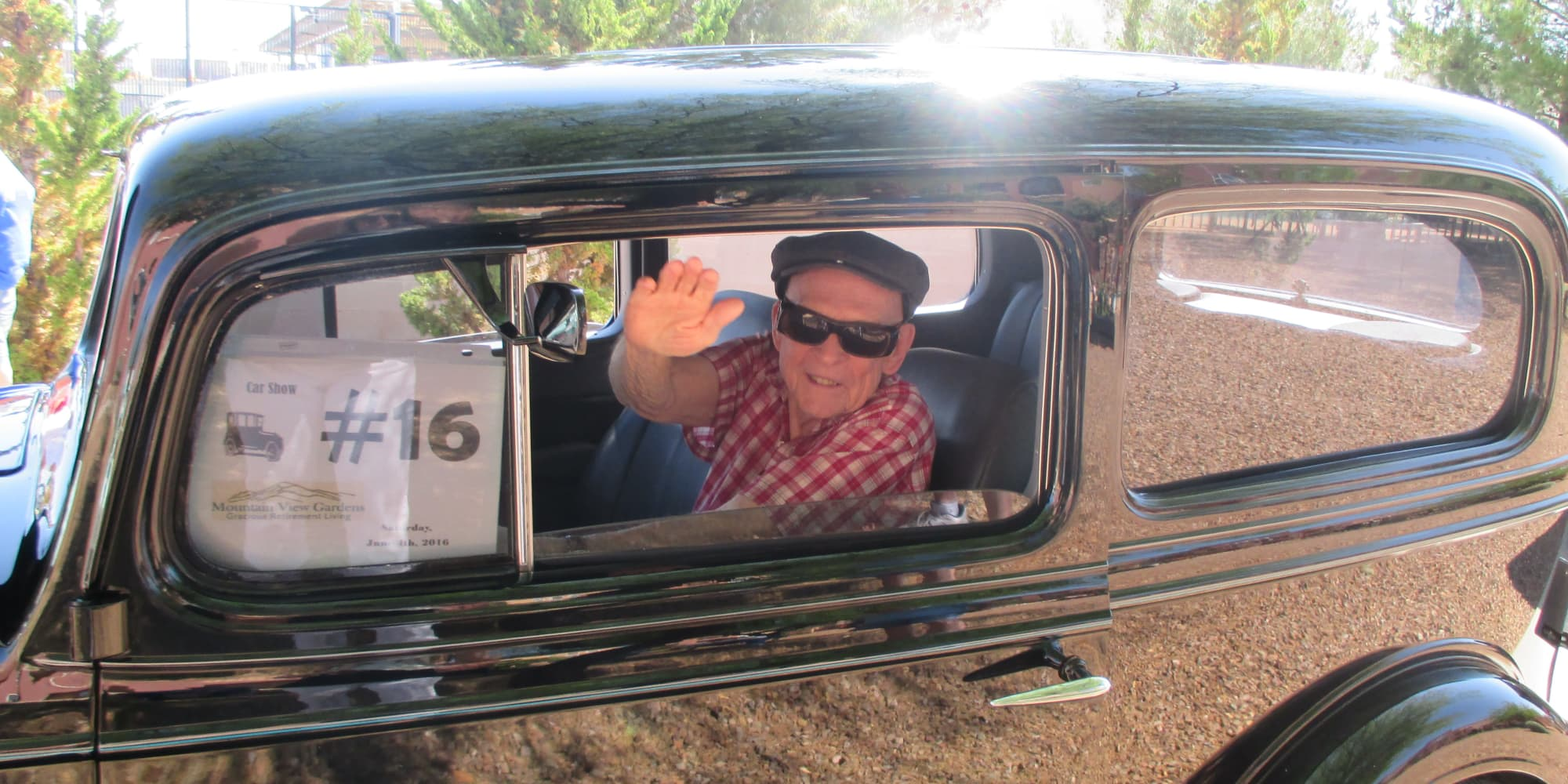 A resident from Mountain View Gardens in Sierra Vista, Arizona in a classic car