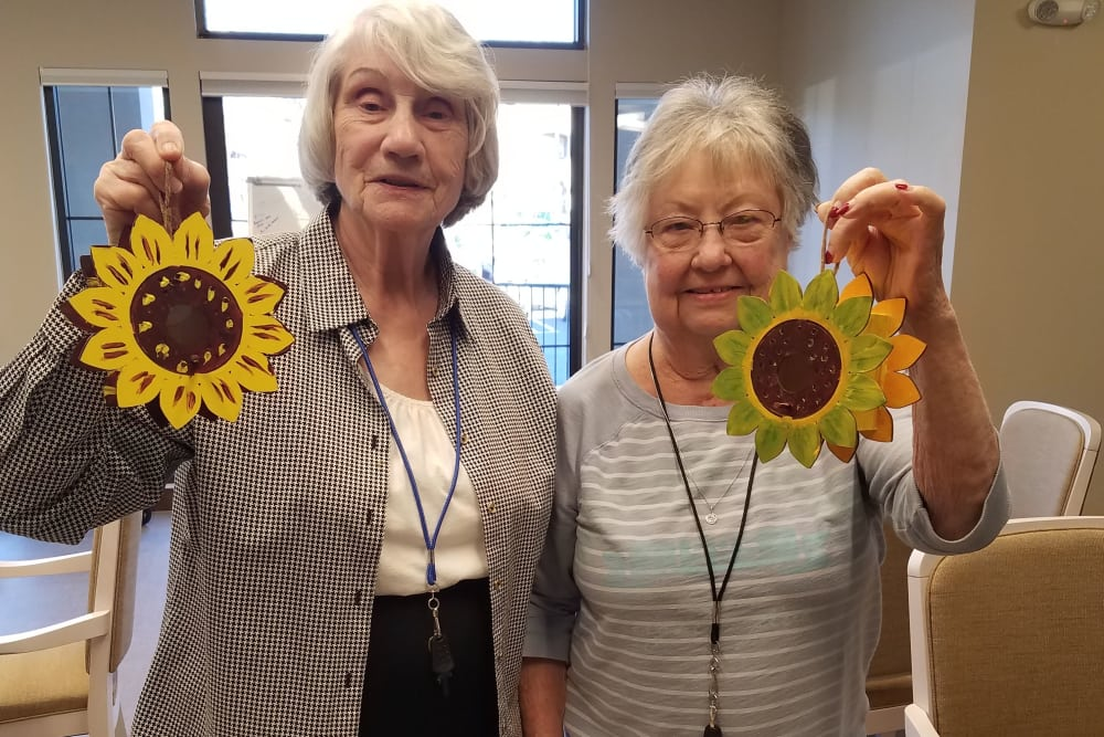 Residents at Rancho Cucamonga making crafts together