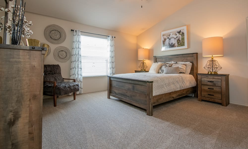 Massive master bedroom with vaulted ceilings at Cottages at Crestview in Wichita, Kansas