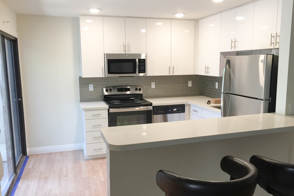 Kitchen model at Glenbrook Apartments in Cupertino, California
