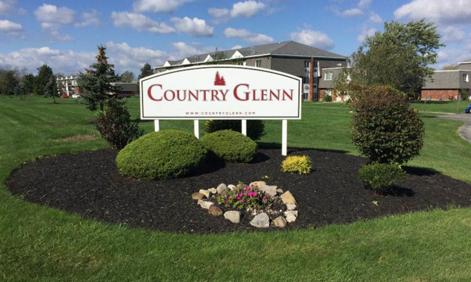 Apartments at Country Glenn in Grand Island, New York
