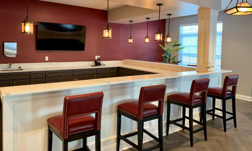Bar seating in the dining room at Keystone Place at Wooster Heights in Danbury, Connecticut