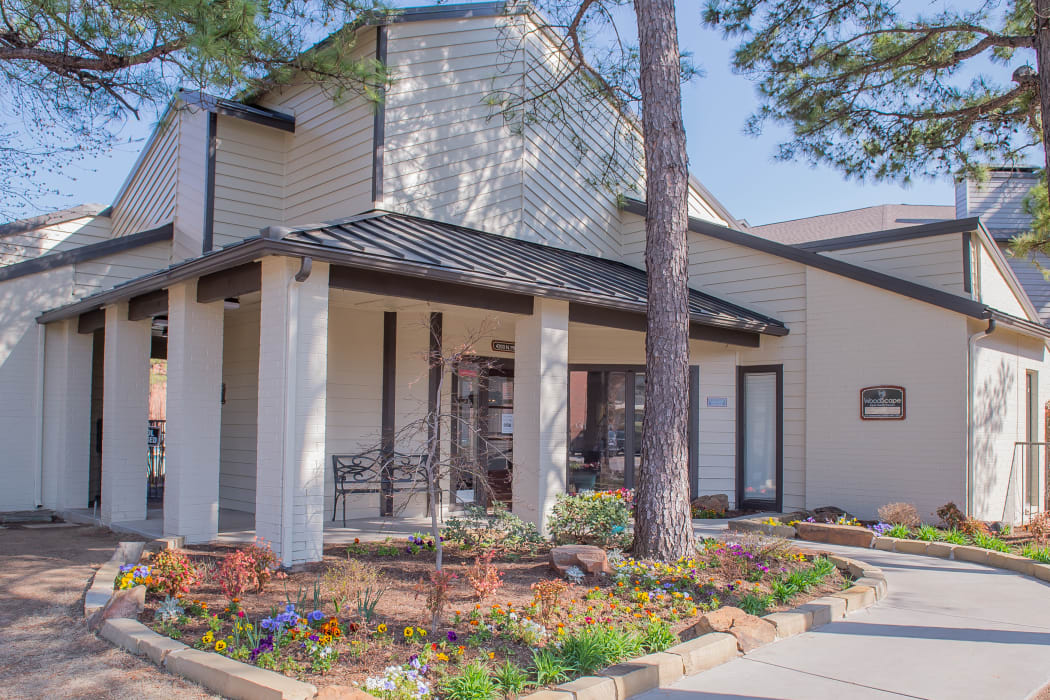 Exterior of leasing office at Woodscape Apartments in Oklahoma City, Oklahoma