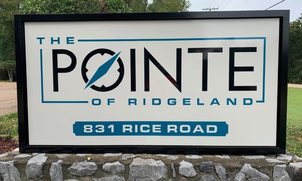 The signage in front of The Pointe of Ridgeland in Ridgeland, MS
