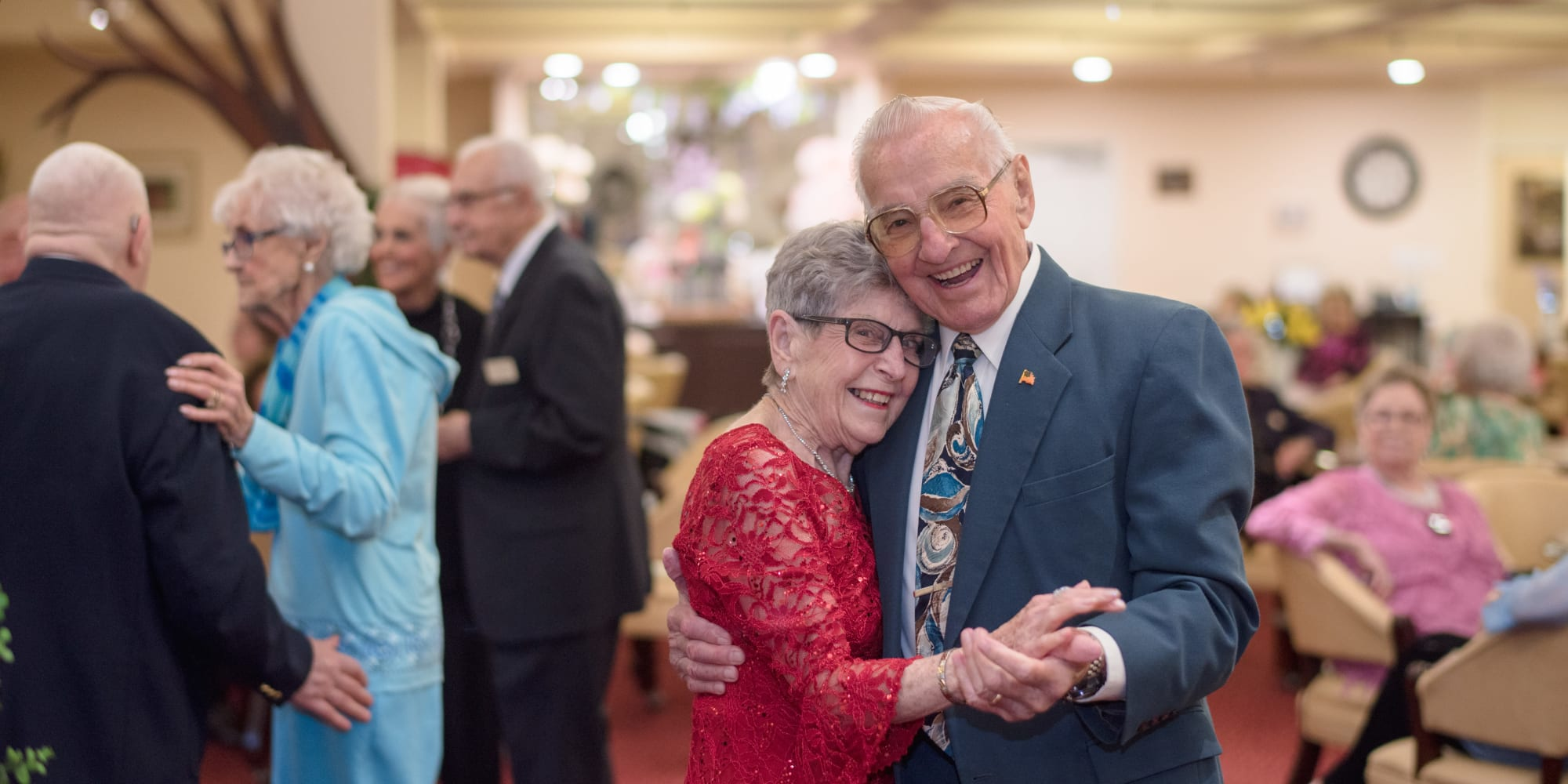 Residents enjoying a dance at Maple Ridge Gracious Retirement Living in Cedar Park, Texas