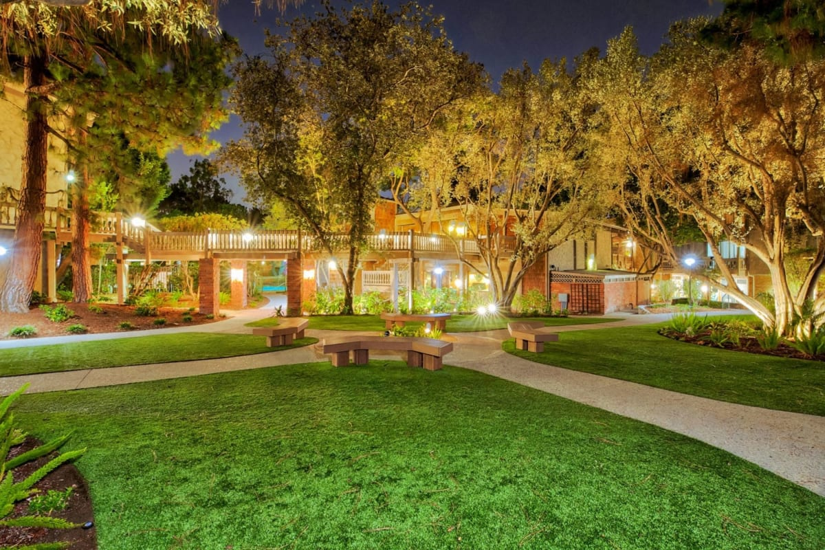 View our The Meadows property in Culver City, California