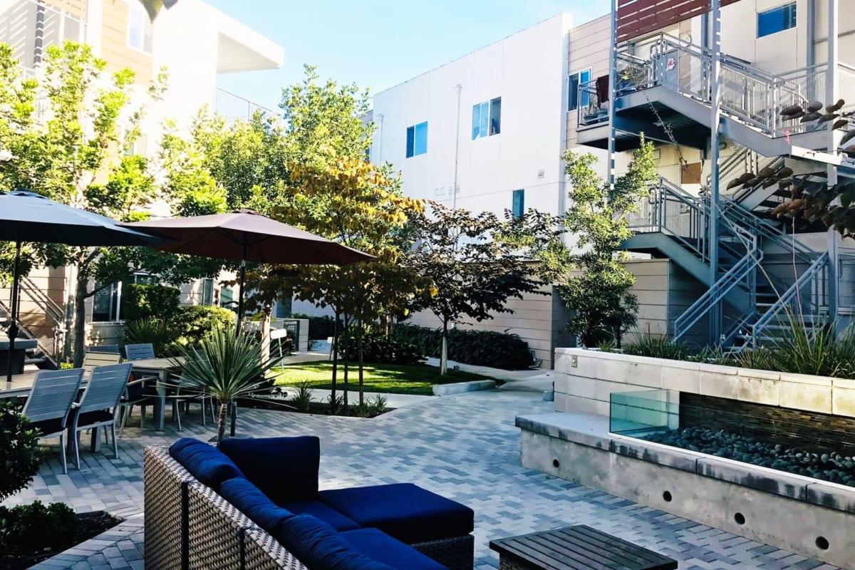 View our Citron property in Ventura, California