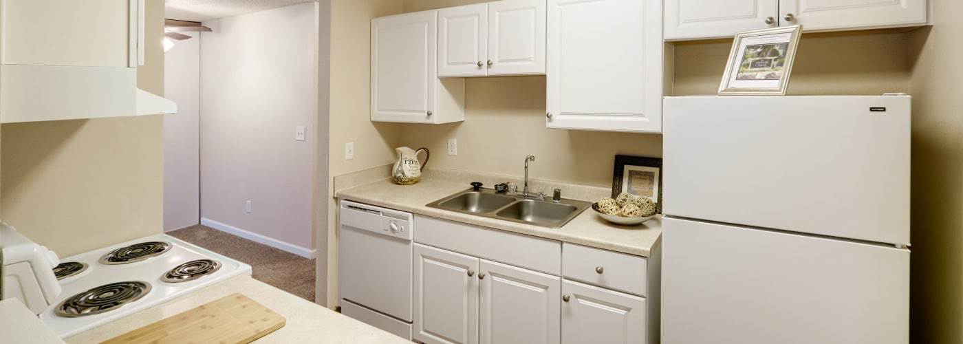 Upgraded kitchen at Arbor Chase Apartment Homes in Kent, WA