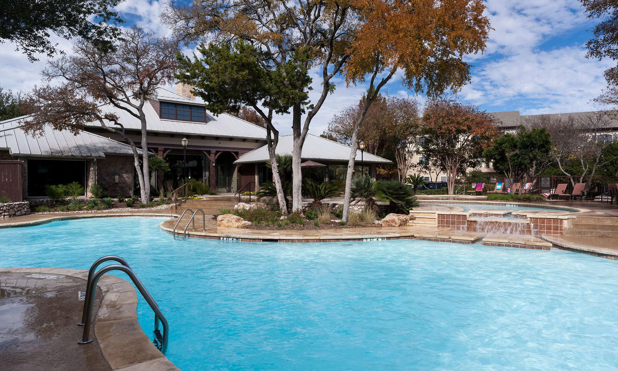 Four Points Austin, TX Apartments on Ranch Road | Tintara at Canyon ...