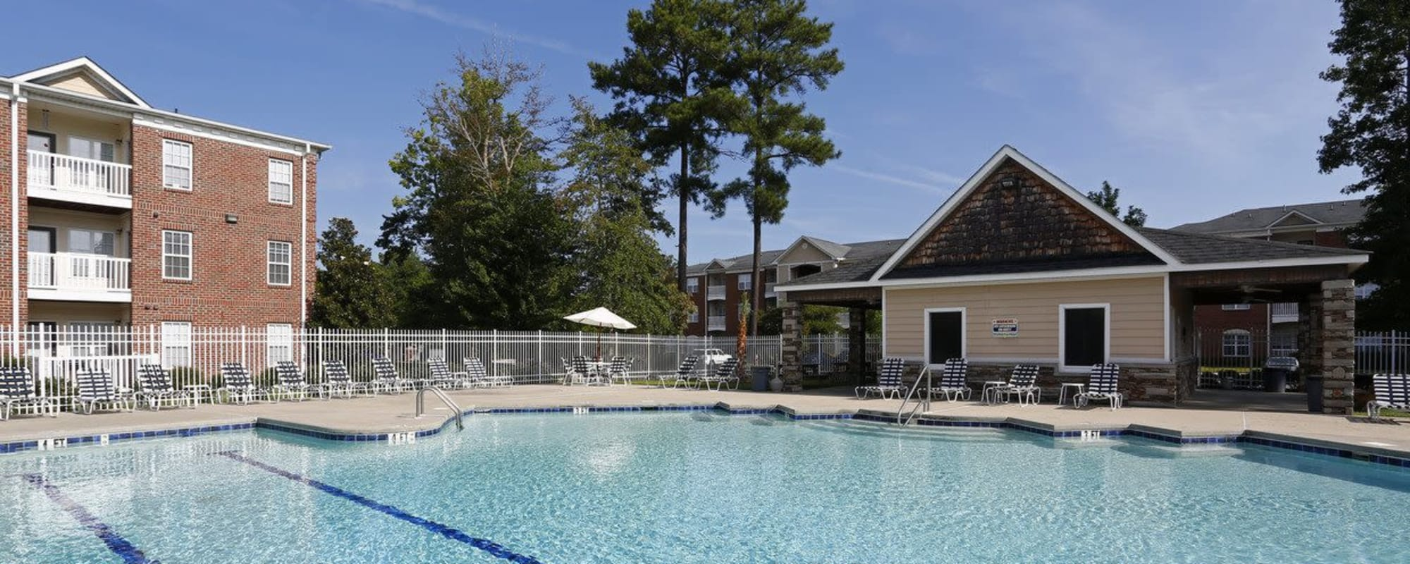 Apartments at Waterford Place in Greenville, North Carolina