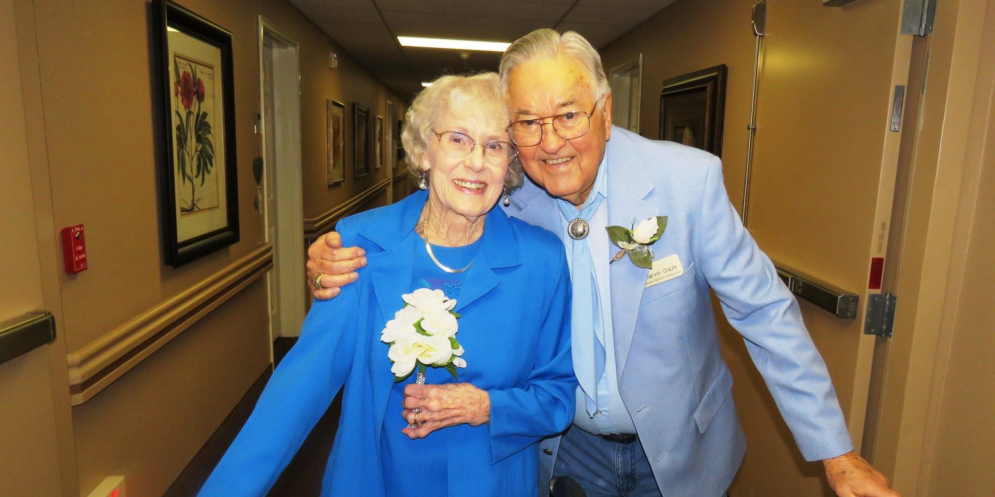 An elderly couple at Camden Springs Gracious Retirement Living in Elk Grove, California