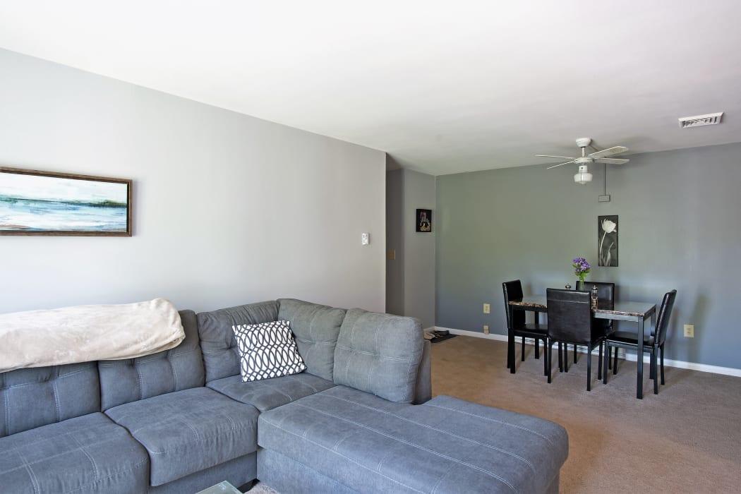 Living room at Horizon Ridge Apartments in East Greenbush