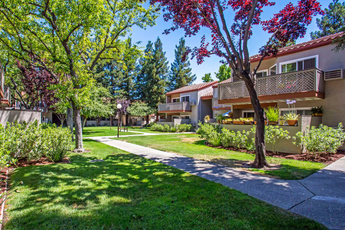 View our Valley Plaza Villages property in Pleasanton, California