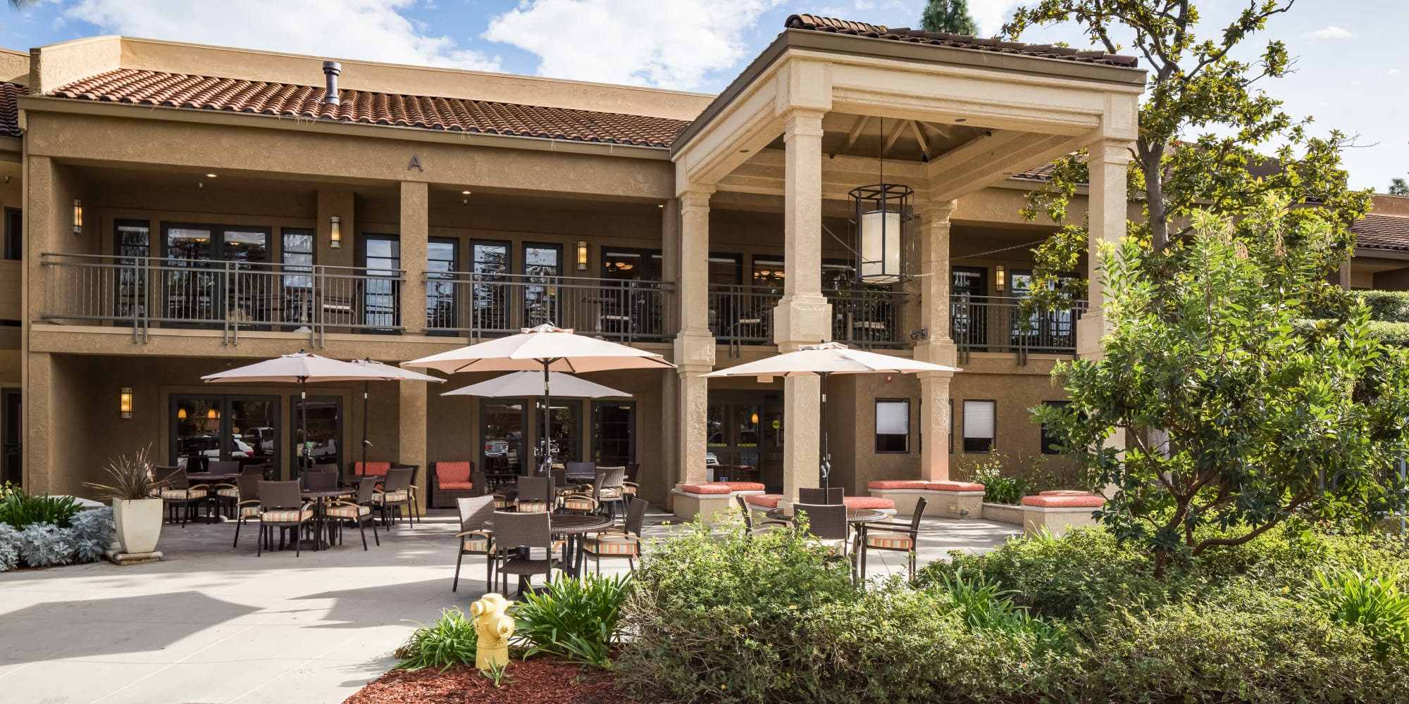 Front of building at The Reserve at Thousand Oaks in Thousand Oaks, California