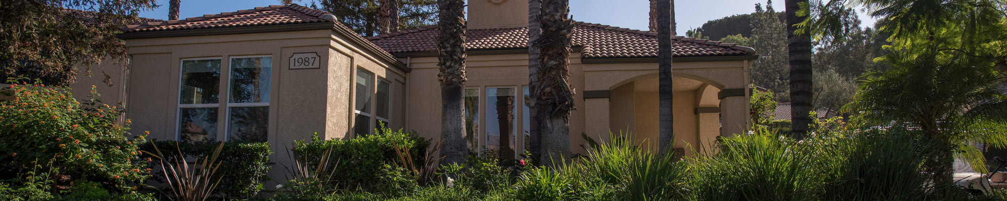 Resident perks at Shadow Ridge Apartment Homes in Simi Valley, California