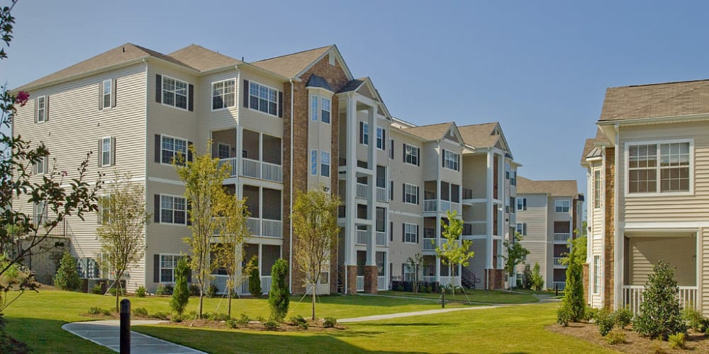 Exterior of Lullwater at Saluda Pointe in Lexington, South Carolina
