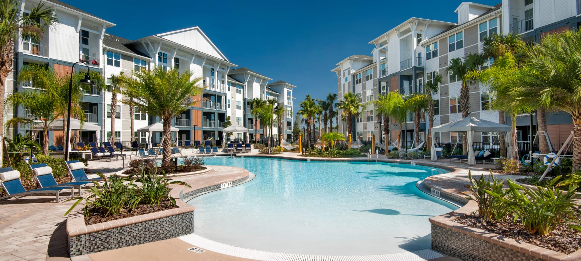 Apartments at Linden Crossroads in Orlando, Florida